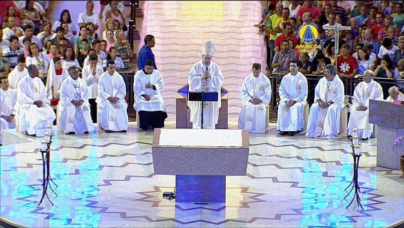18f7fe93cca1 Romaria diocesana a Aparecida (SP) por ocasião dos 60 anos de criação da  diocese
